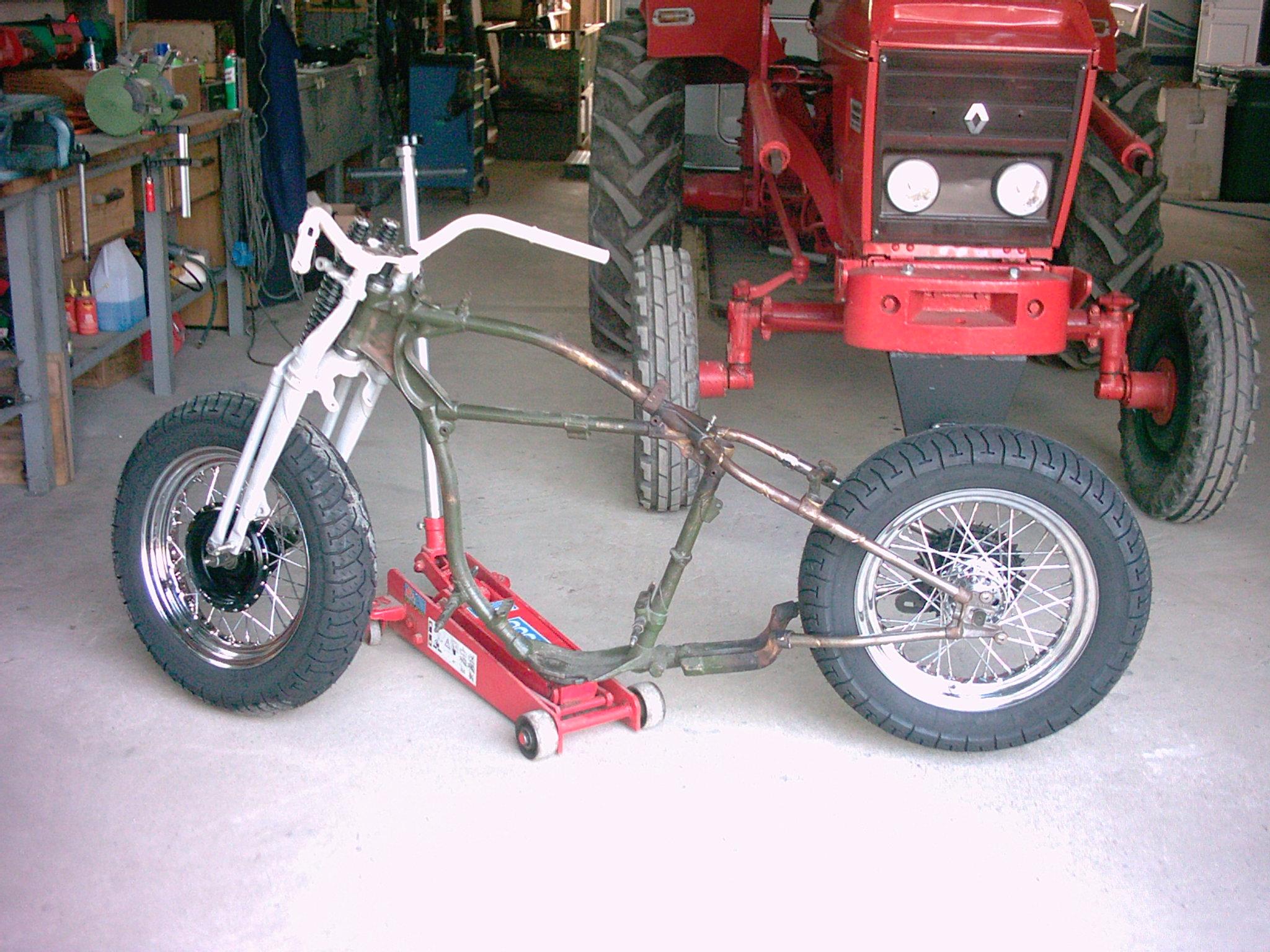 Motorräder und Teile Kleinanzeigen in