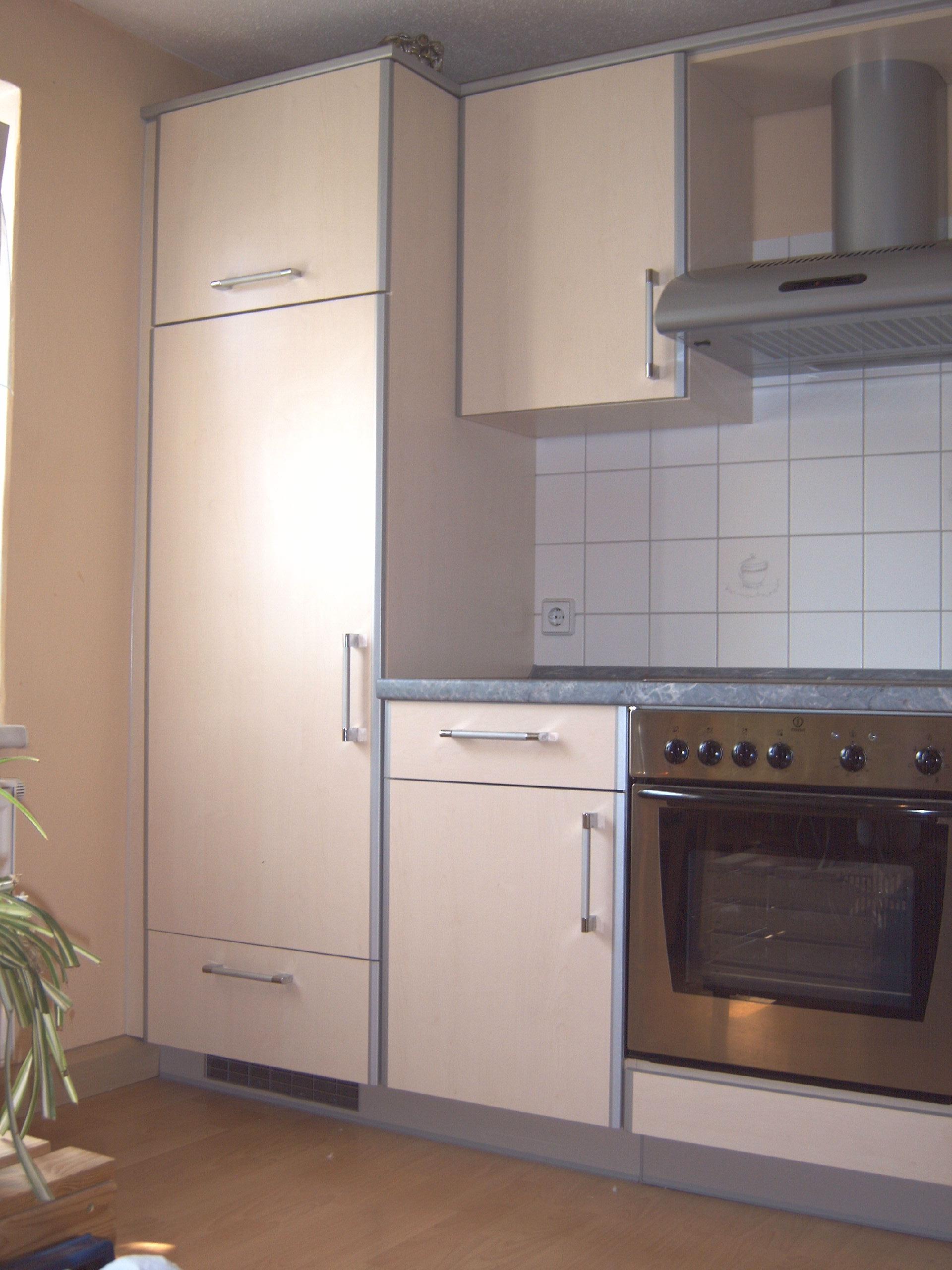 1A Einbauküche Mit Allen Elektrogeräten