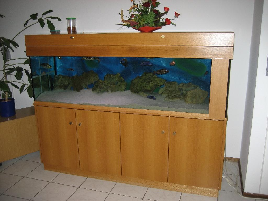 Unterschrank und abdeckung mit aquarium in pfaffenhofen for Aquarium abdeckung