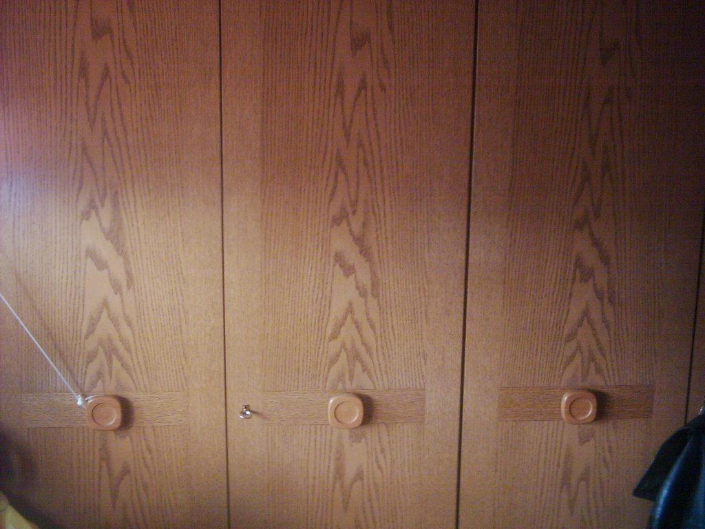 t riger schlafzimmerschrank in westoverledingen m bel und haushalt kleinanzeigen. Black Bedroom Furniture Sets. Home Design Ideas