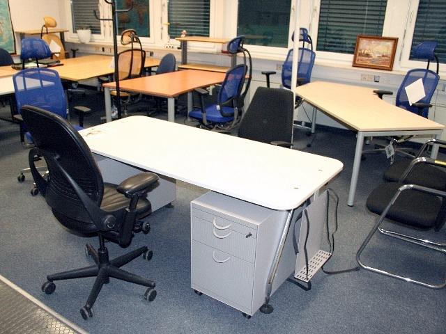 Büromöbel Neu Und Gebraucht Bundesweiter Lagerverkauf In Gießen