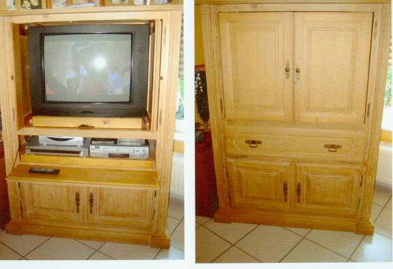 Fernsehschrank geschlossen  PINIE FERNSEHSCHRANK von Chalet neu 999 00 für nur 250 00E in ...