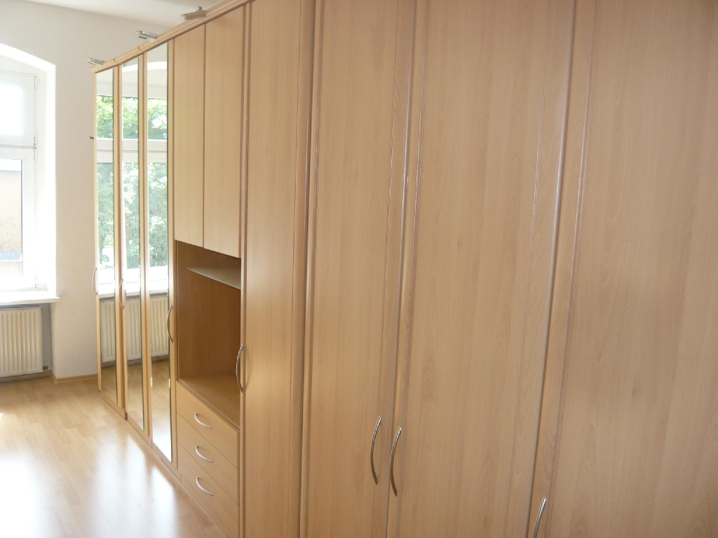 Ikea Kleiderschrank Pax 220x150x60 zuverkaufe in | Möbel und ...