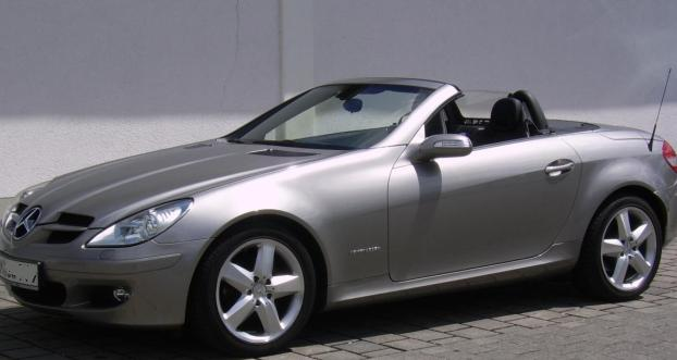 mercedes slk 200 cabrio 2005 in limburg kfz nach marken kleinanzeigen. Black Bedroom Furniture Sets. Home Design Ideas