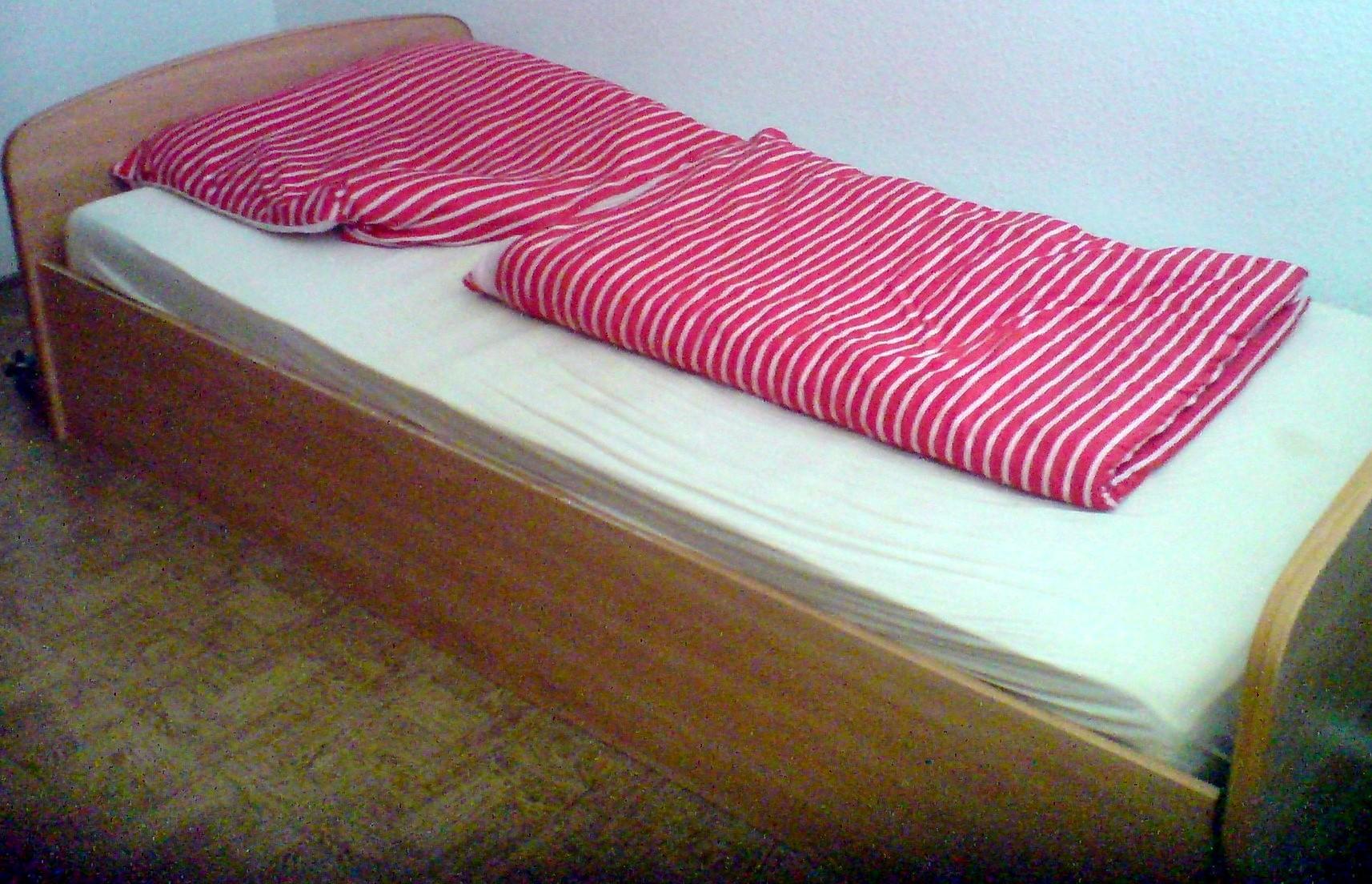 kleinanzeigen betten bettzeug seite 3. Black Bedroom Furniture Sets. Home Design Ideas