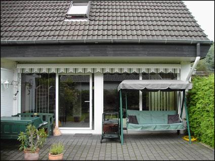 doppelhaush lfte von an privat in klein nordende. Black Bedroom Furniture Sets. Home Design Ideas