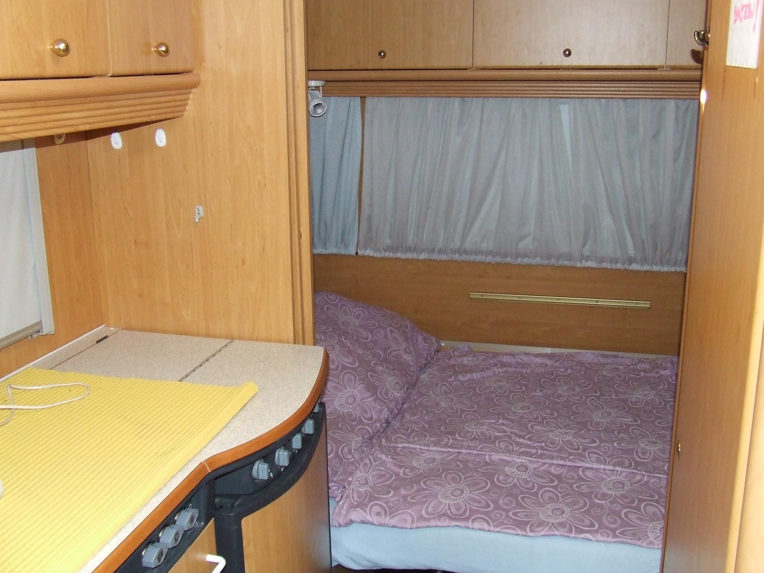 kleinanzeigen wohnwagen vorzelt seite 2. Black Bedroom Furniture Sets. Home Design Ideas