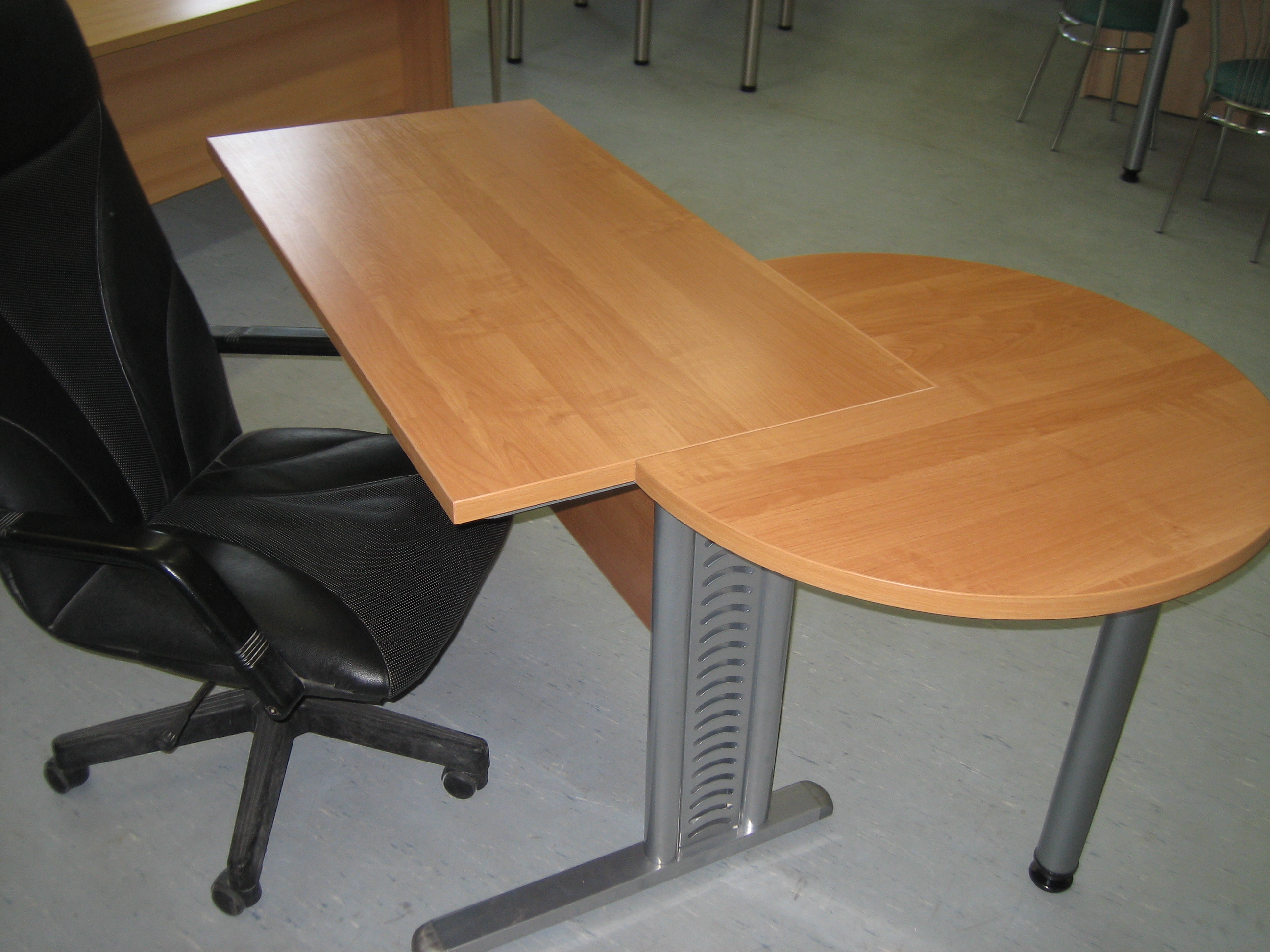 Büromöbel Schreibtisch Büroausstattung in berlin | Büro, Geschäft ...