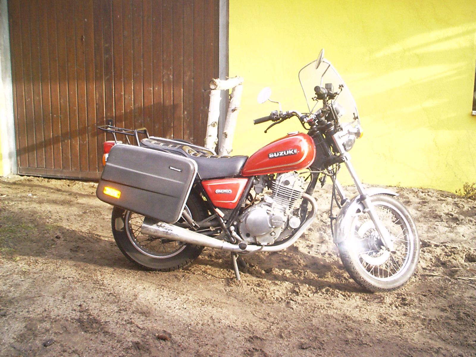 suzuki shopper gn 250 in wandlitz motorr der und teile kleinanzeigen. Black Bedroom Furniture Sets. Home Design Ideas