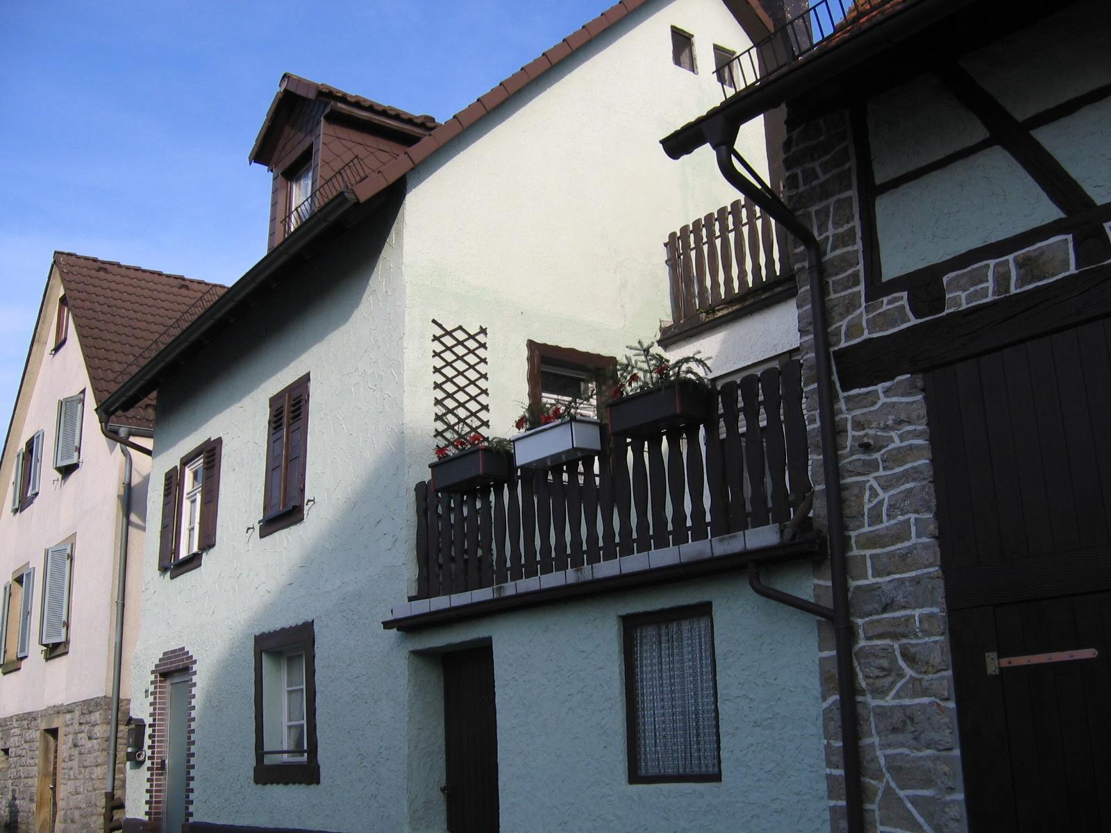 EFH in SNH Steinsfurt 2 Terrassen neu saniert sofort frei