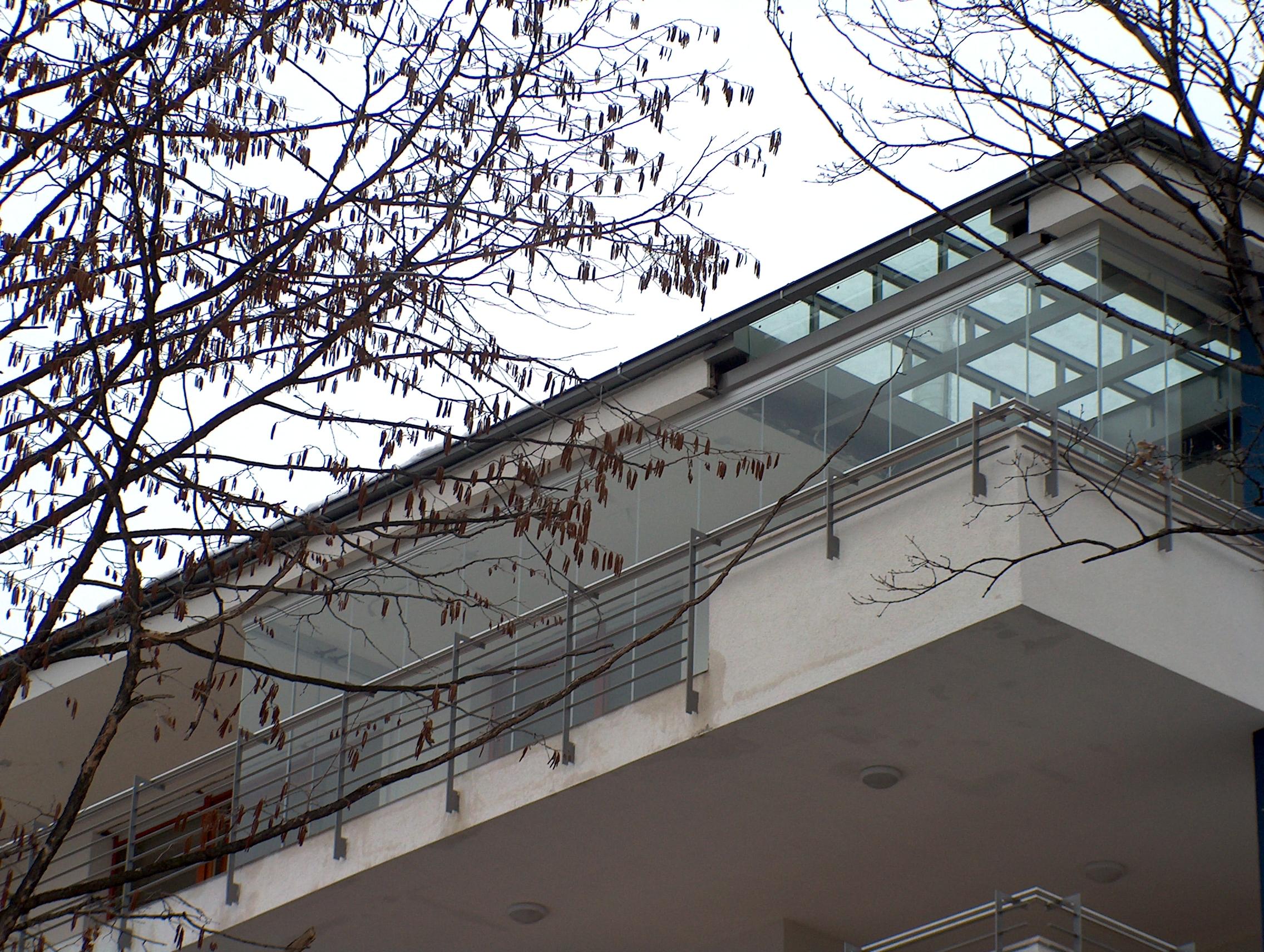 Balkonverglasung terrassen seitenelemente in berlin for Berlin hausbau