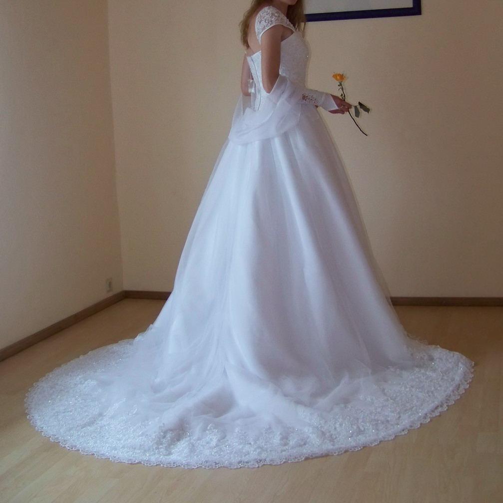 Brautkleid mit Schleppe im Sissi Style Gr 36 38 NEU in Berka/ Werra ...