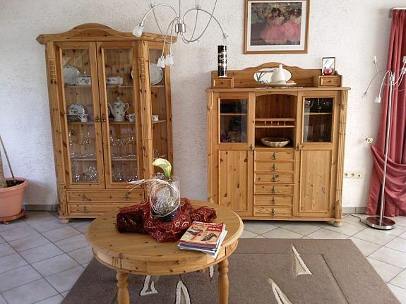 Kleinanzeigen wohnzimmerschrank anbauwand seite 1 for Wohnwand 80er