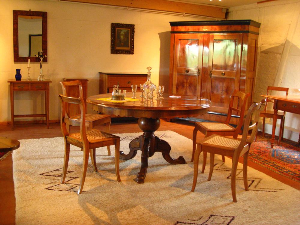 gr nderzeit ausziehtisch um 1880 in hattenweiler sammlungen kleinanzeigen. Black Bedroom Furniture Sets. Home Design Ideas
