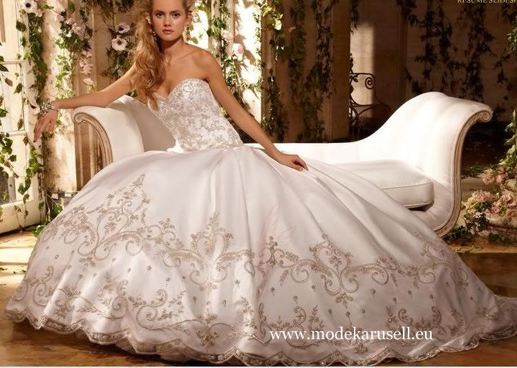 Stickereien Brautkleid 2013 von Modekarusell Gr 34 bis Gr 64 in ...