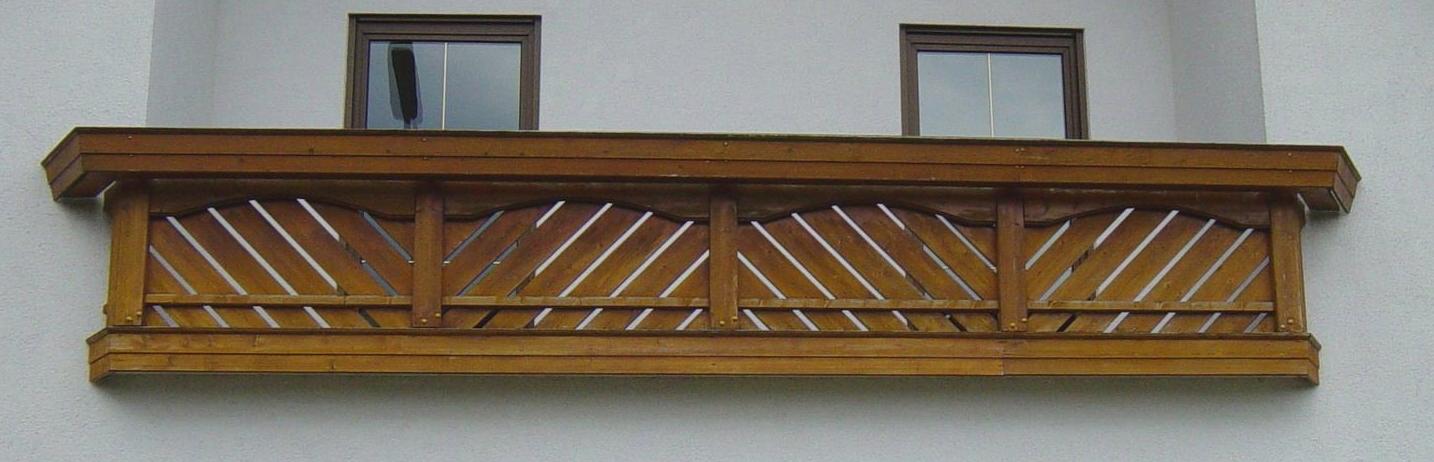 verkaufe sehr gut erhaltenes balkongel nder aus holz mit. Black Bedroom Furniture Sets. Home Design Ideas