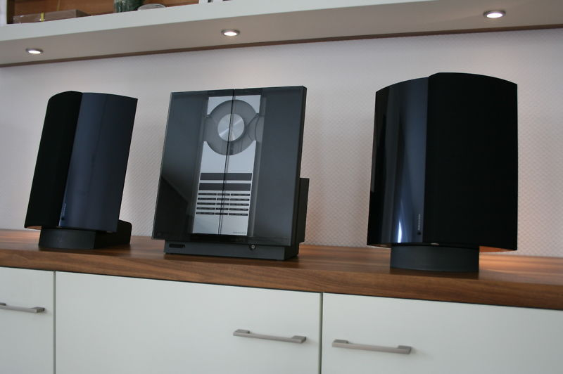 bang olufsen beosound 2300 beolab 4000 in d 930. Black Bedroom Furniture Sets. Home Design Ideas
