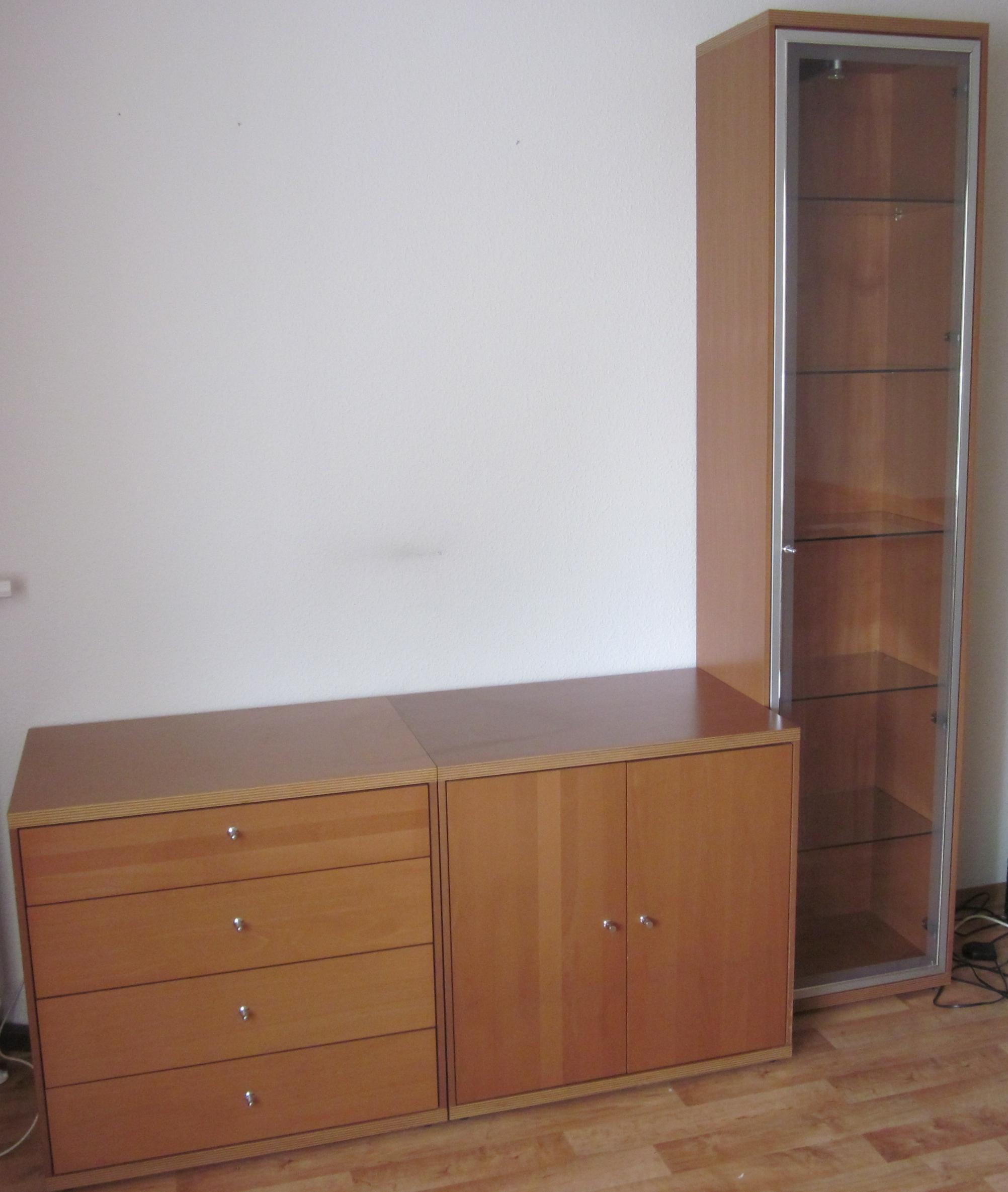 eckregal mit t ren eckregal mit t ren leiter und. Black Bedroom Furniture Sets. Home Design Ideas