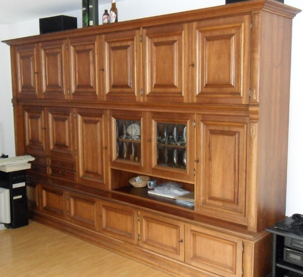wohnzimmerschrank zu verschenken in wiesbaden m bel und. Black Bedroom Furniture Sets. Home Design Ideas