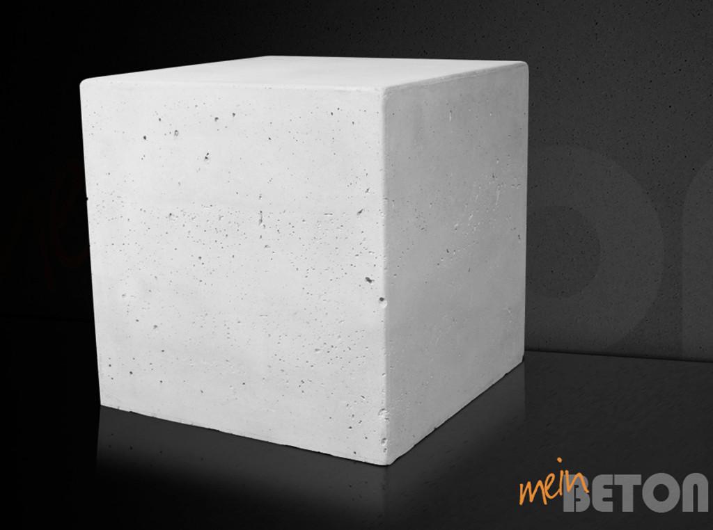 betonhocker design hocker aus beton beistelltisch aus. Black Bedroom Furniture Sets. Home Design Ideas
