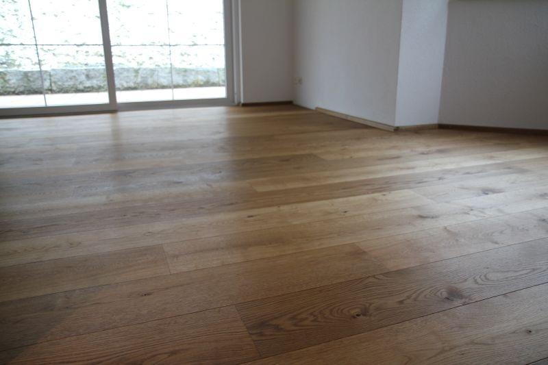 Selbstständiger Bodenleger Verlegt Laminat, Parkett, Vinyl, Teppich!