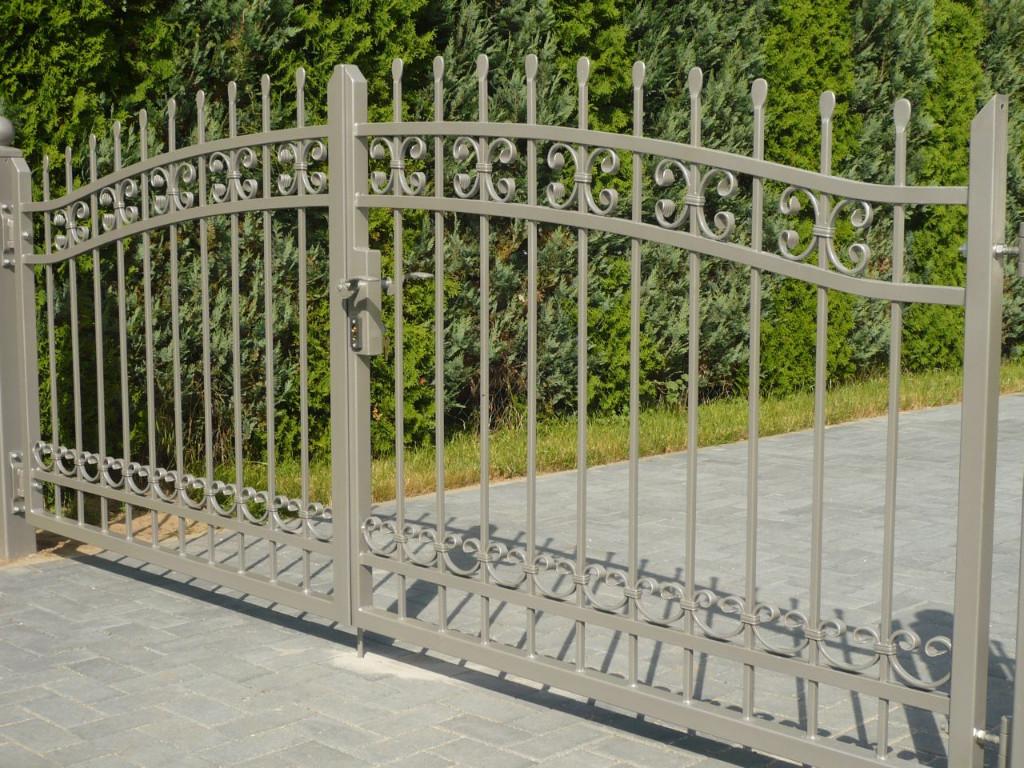 Zäune Tore Pforten aus Metall viele Muster aus Polen BLASK in ...