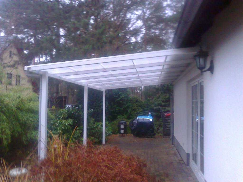 berdachung vordach carport alles aus policarbonat und aluminium aus polen in berlin handwerk. Black Bedroom Furniture Sets. Home Design Ideas