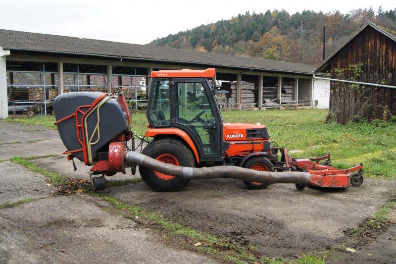 kubota traktor kleinanzeigen kubota gebraucht kaufen st. Black Bedroom Furniture Sets. Home Design Ideas