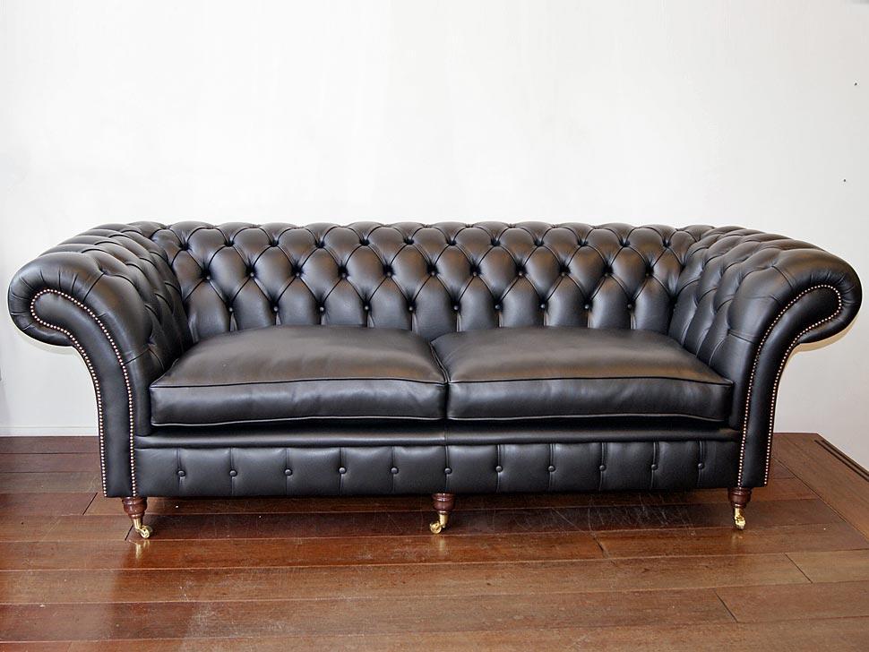 hochwertige chesterfield m bel aus england in amsterdam m bel und haushalt kleinanzeigen. Black Bedroom Furniture Sets. Home Design Ideas