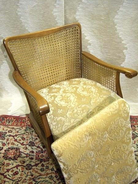 Antiker sessel 50er jahre mit geflecht in b dingen for Sessel 50er jahre gebraucht