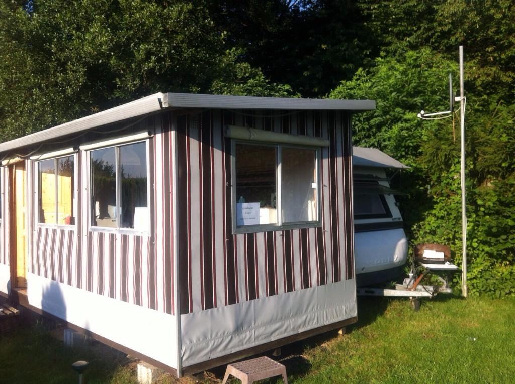 kleinanzeigen wohnwagen vorzelt. Black Bedroom Furniture Sets. Home Design Ideas