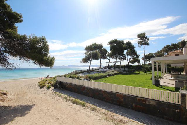 Ferienhaus am strand playa de muro norden mallorca for Mallorca haus mieten