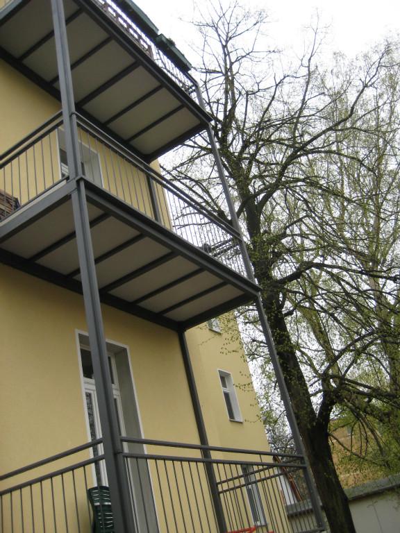 anbaubalkone aus polen in bytom odrzanski immobilien kleinanzeigen. Black Bedroom Furniture Sets. Home Design Ideas
