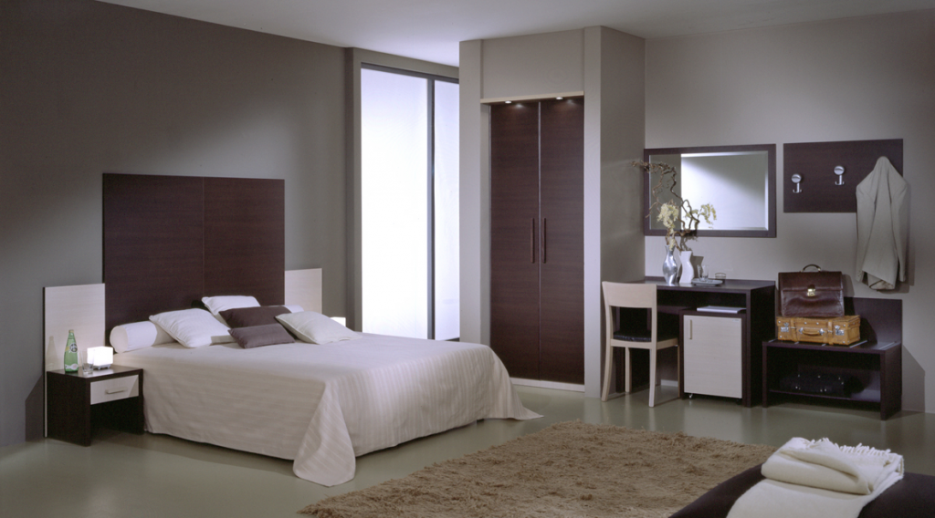 Gebrauchte hotelzimmer aus sterne hotel in basel b ro for Gebrauchte mobel inserieren