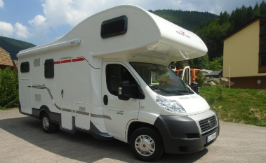 wohnmobil fiat ducato baujahr 2013 alkoven mit garantie in. Black Bedroom Furniture Sets. Home Design Ideas