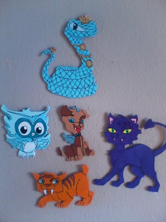 Monster High Haustiere für Wand oder Schränke in Salzgitter | Möbel ...
