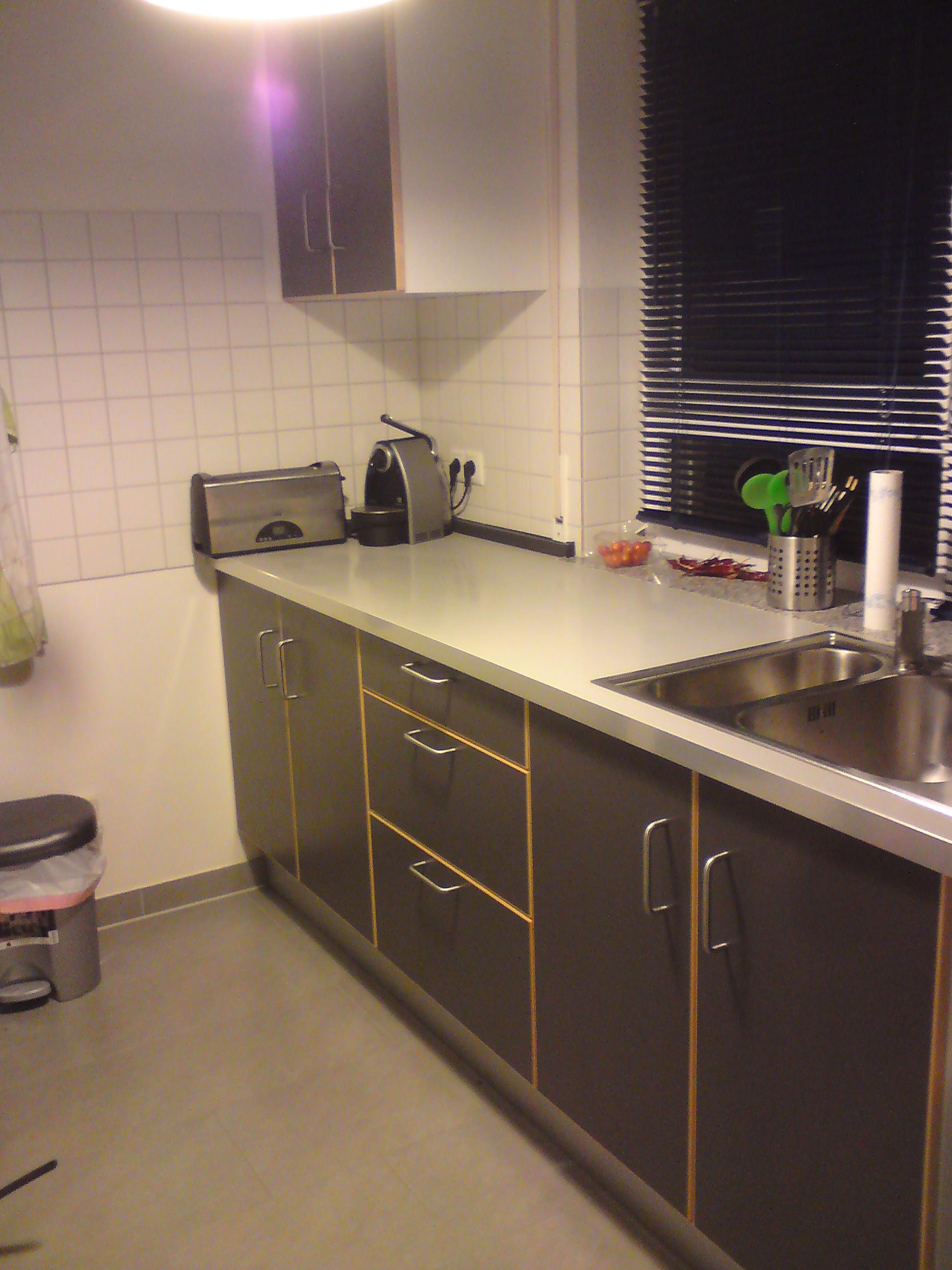 IKEA Küche Sörbo Dunkelgrau VB 180€ in Friedrichshafen | Möbel und ...