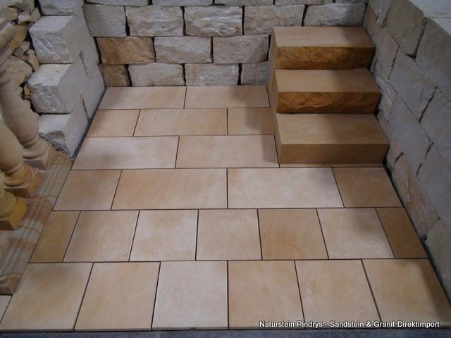 sandstein platten fassaden terassen boden treppen in mirsk polen handwerk hausbau garten. Black Bedroom Furniture Sets. Home Design Ideas