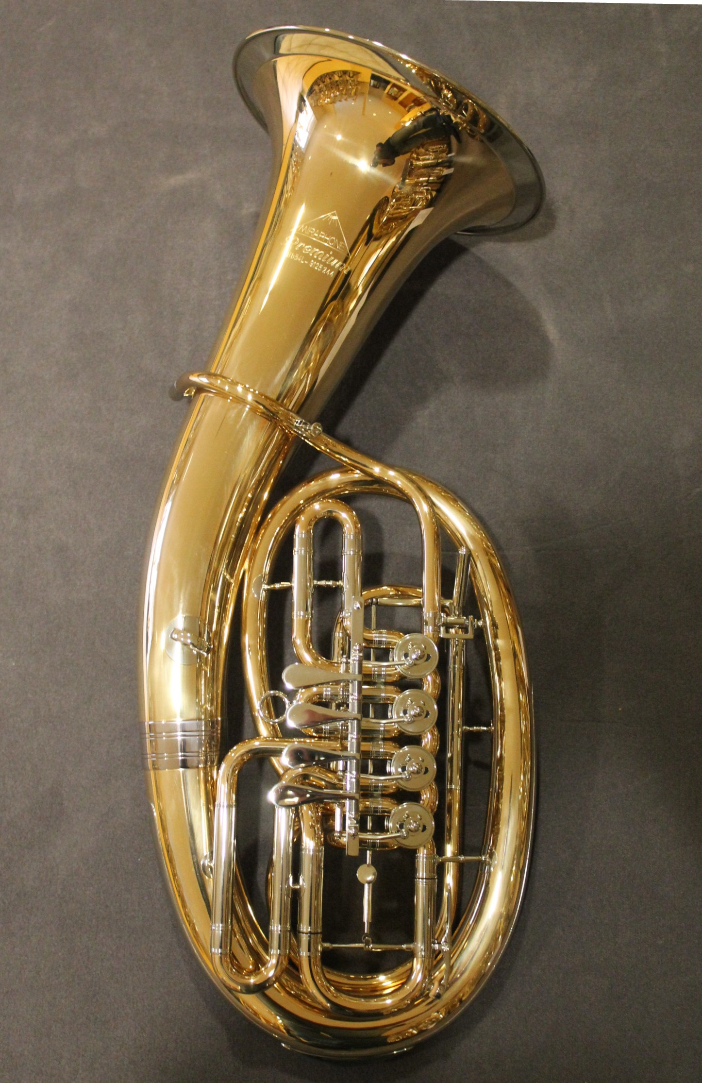 miraphone 496 hagen tuba in bbb aus goldmessing inkl. Black Bedroom Furniture Sets. Home Design Ideas