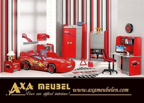 Disney cars mcqueen zimmer kinder rennwagen autobett axa for Cars kinderzimmer
