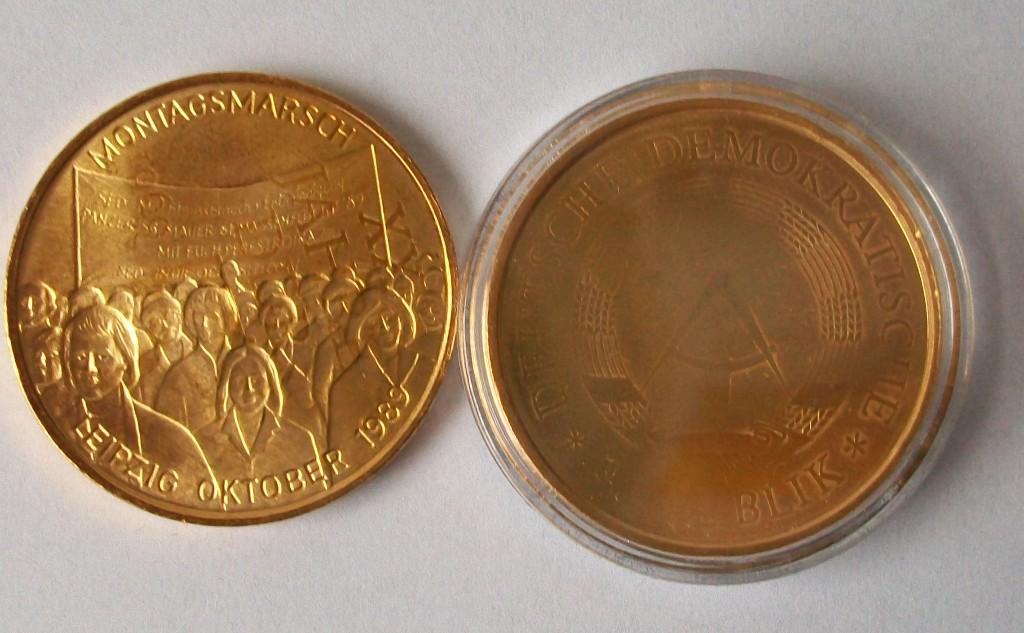 Seltene Gegenprägungen Auf Ddr Münzen In Weinbergen Sammlungen
