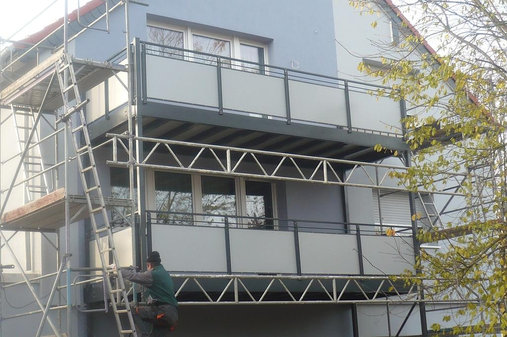 windschutz terrasse glas metall carprola for. Black Bedroom Furniture Sets. Home Design Ideas