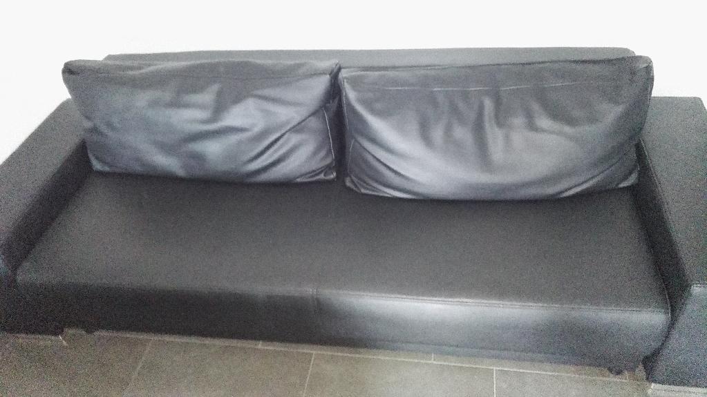 Couch Habe Ein Mit Mehr Gebrauchsspuren Ist Dann Geschenkt In Gross