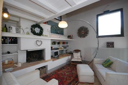 toskana kleines ferienhaus f r personen ohne pool in casole d elsa urlaub und reisen. Black Bedroom Furniture Sets. Home Design Ideas